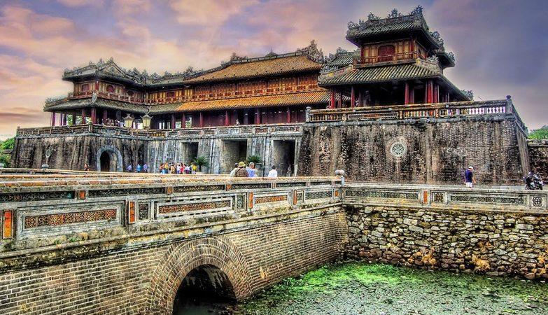 Di sản văn hóa và cổ vật